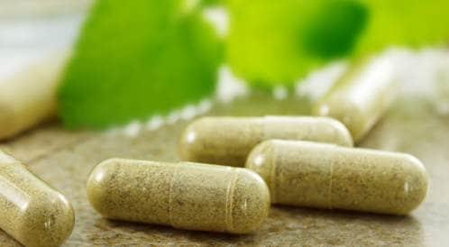 ماهى المكملات العشبية واحتمالية عدم توافقها مع أدوية القلب